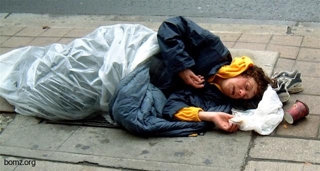 Los Angeles set to allow homeless people to sleep on sidewalks