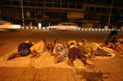 Nights for the homeless and poor in the capital Dhaka