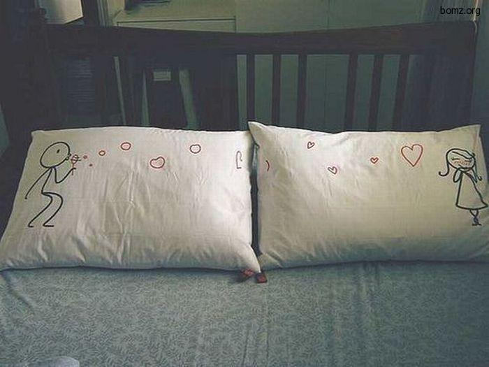 романтичные подушки