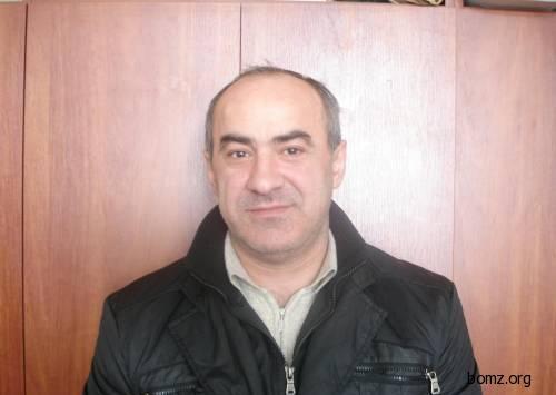 Вор в законе Малхаз Джапаридзе родился в Грузии (Рустави), а короновали его в России, в 1984 году в знаменитом Владимирском централе.  Было вору тогда 20 лет